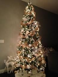 Decorated Christmas Trees by Make The Transition From Thanksgiving To Christmas In Style The