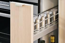 tiroir de cuisine coulissant amenagement placard cuisine coulissant autre avantage vous