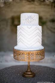 30 white wedding cake designs that will leave you wanting one