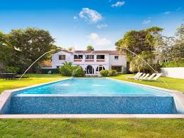 dutch west indies estate tropical exterior miami waterfront 11 bedroom estate available homeaway miami beach