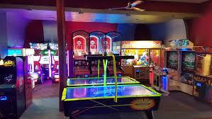 bowling alley u0026 arcade in bethesda bowlmor