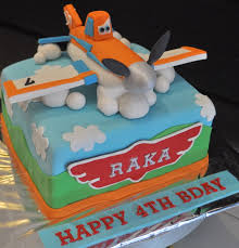 dusty the plane cakes dusty cake mami raka airplane cakes