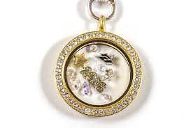 origami owl graduation locket say hats to your grad with these great gift ideas