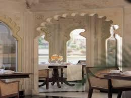 experience fine dining at taj lake palace udaipur