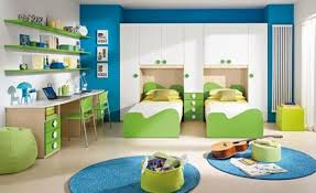 chambre enfant vert chambre bleu clair enfant étonnant sécurité à la maison