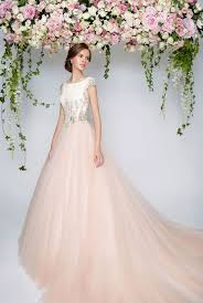 wedding dress rental seven ways wedding dress rental can improve your business