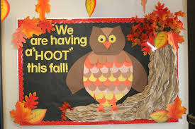 improving the creativity by using fall bulletin board ideas