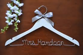 one line personalized hanger with bow twisted hangers