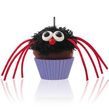 2014 hallmark ornament itsy bitsy spider cupcake qf05223