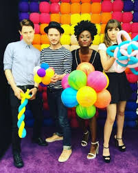 Seeking Balloon Cast How Is He Elijah At San Diego X Dirk Gently