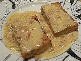 cuisiner pavé de saumon poele pavés de saumon sauce au beurre recette facile les poissons en