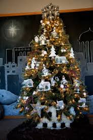 161 best christmas tree inspiration images on pinterest