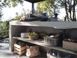 cuisine exterieure beton une cuisne extérieur en béton ciré terrasses les