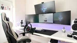 jeux de travail dans un bureau 8 bureaux de gamer qui donne envie le clan lda