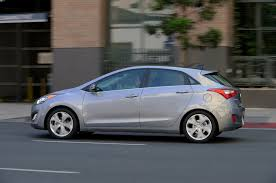 gas mileage for a hyundai accent 2013 hyundai elantra reviews and rating motor trend