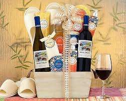 country gift baskets 32 best summer gift baskets images on summer gift