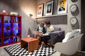 Office Meeting Table Singapore 7 Reasons Airbnb U0027s Singapore Office Is The Most Instagrammable