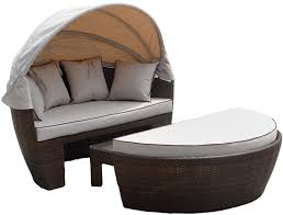 Venice Outdoor Furniture by Venice Rattan Garden Day Bed In Chocolate Mix And Coffee Cream
