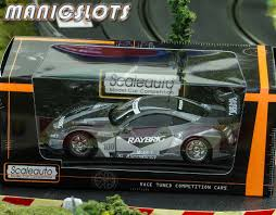 cars honda racing hsv 010 manicslots u0027 slot cars and scenery review scaleauto hsv 010