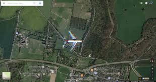 Goofle Map Google Maps Satellite Imagery Managed To Snap An Airliner Flying