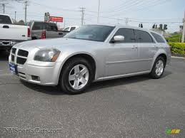 2007 dodge magnum sxt in bright silver metallic 748640