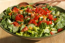 easy salad recipe easy green salad with vinaigrette get inspired everyday