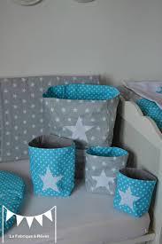 chambre bébé gris et turquoise pochons rangement réversibles chambre bébé garçon turquoise gris