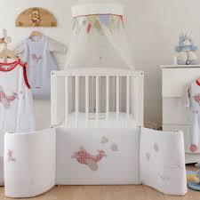 carrefour chambre bébé la captivant chambre bébé carrefour oiseauperdu