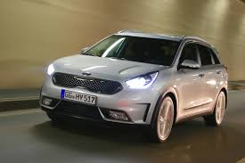 nissan hybrid 2016 kia niro pre production 2016 review auto express