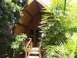 flush bungalows holiday houses gili trawangan