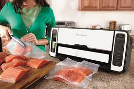 black friday vacuum 5 reasons why the foodsaver 2 in 1 vacuum sealing kit needs to be