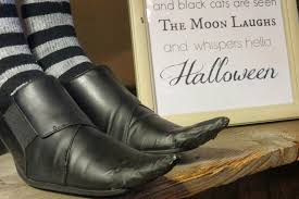 witch boot halloween decorations diy witch shoes through the eyes of the mrs