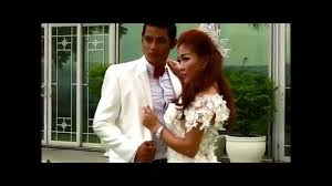 ល ហ ង ស អ ងក រ ly huong wedding decoration shop