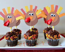 diy thanksgiving turkey cupcake toppers i crafty things