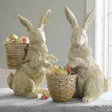 easter bunny decorations you could put some fresh flowers in the baskets and accent with
