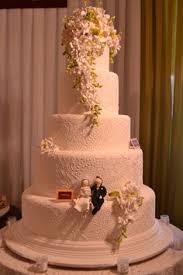 wedding cake di bali 5 tiers le novelle cake jakarta bali wedding cake wedding