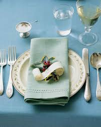 holiday table settings martha stewart