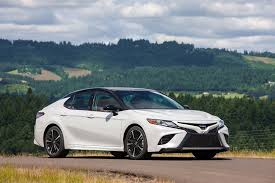 toyota an 2018 honda accord and 2018 toyota camry a specs comparison
