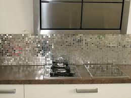 cr ence en miroir pour cuisine photo de credence pour cuisine maison design bahbe com