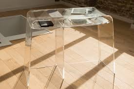 bureaux informatique bureaux transparents et meubles plexiglas informatiques design