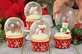 snow globe l post snow globe cupcakes with gelatin bubbles sugarhero