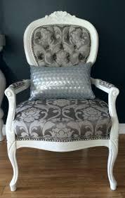 Victorian Upholstered Chair Best 25 Queen Anne Chair Ideas On Pinterest Queen Anne