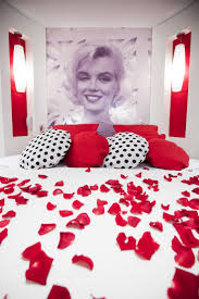 Black And White Romantic Bedroom Ideas Cool Marilyn Monroe Themed Girls Bedroom Ideas Awesome Red And