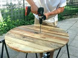 construire meuble cuisine fabriquer sa table de jardin en bois construire meuble cuisine