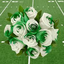 green roses green white roses