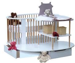 chambre evolutive bébé beautiful lit bebe avec plan a langer images amazing house
