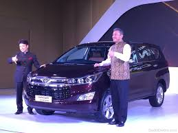 toyotas new car toyota new car toyota innova crysta car pictures images