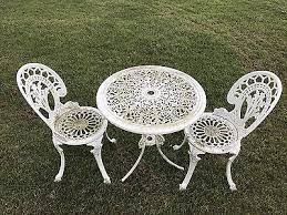 Cast Aluminium Outdoor Furniture by The 25 Best Aluminium Garden Furniture Ideas On Pinterest Black