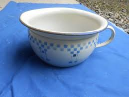pot de chambre ancien pot de chambre ancien tole emaillee decor lustucru ware f c