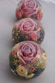 wedding flower paperweights made with flowers preserved from your